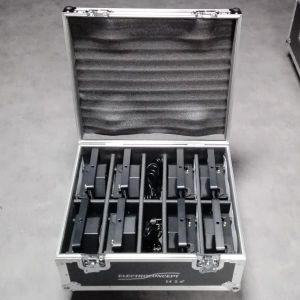 PACK 8 FLAT PAR  RGBW 7X8W DMX HF MKII + FLIGHT CASE